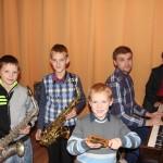 Соло на саксофоне, или Самый художественный адрес. Почти четыре сотни мальчиков и девочек развивают свои способности в Ляховичскому детской школе искусств
